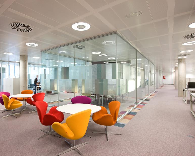 Estudio alvarez sala indra oficinas laboratorio for Oficina de empleo de torrejon de ardoz